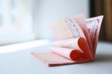 eCovers, inlays & eDatapages - Fournisseur de technologies sans contact, Paragon ID propose à ses clients une large gamme d'inlays CoreLam et SPiD, deux familles de produits semi-finis qui permettent aux fabricants de cartes à puce et aux imprimeries nationales de produire des passeports électroniques, des cartes d'identité, des permis de conduire électroniques et tout autre document sans contact sécurisé.